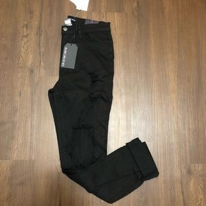 NWT Fashion Nova Black Jeans- Ripped